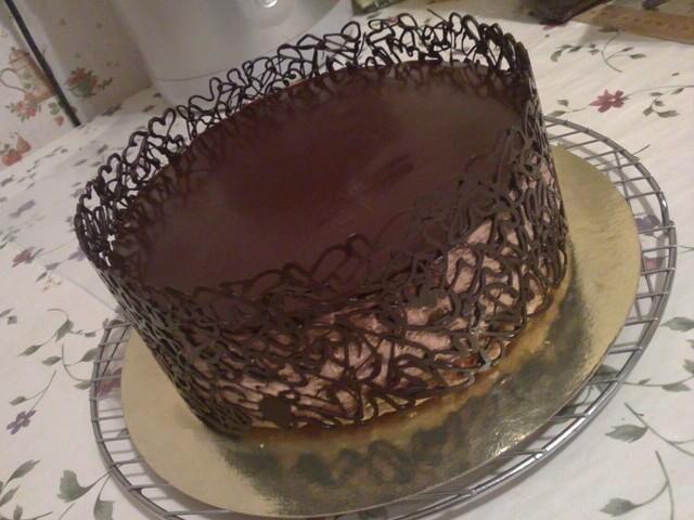 Как сделать торт с шоколадными бортиками